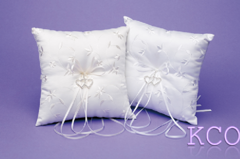 Ring Cushions Style R0186 White~ Special Occasion